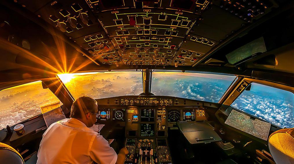 cockpit_cover-web